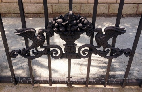Ornamental Iron Piece in Black