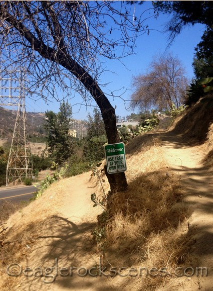 Eagle Rock Canyon Trail Welcome sign
