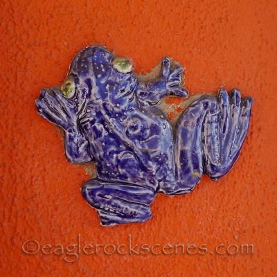 Toros Pottery frog