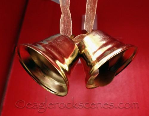 Bell gift ties