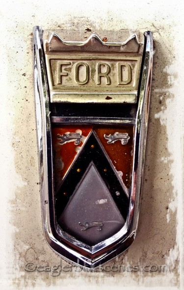 Vintage Ford Ornament