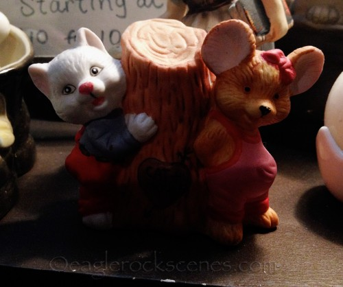 cat and mouse knickknack